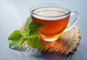 Meta-Analyse von Beobachtungsstudien legt nahe, dass Teekonsum die Knochenmineraldichte verbessern kann